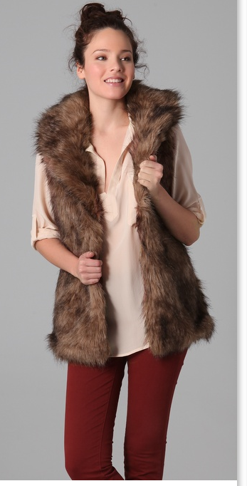 Buy the latest faux fur vest cheap shop fashion style with free shipping, and check out our daily updated new arrival faux fur vest at desire-date.tk
