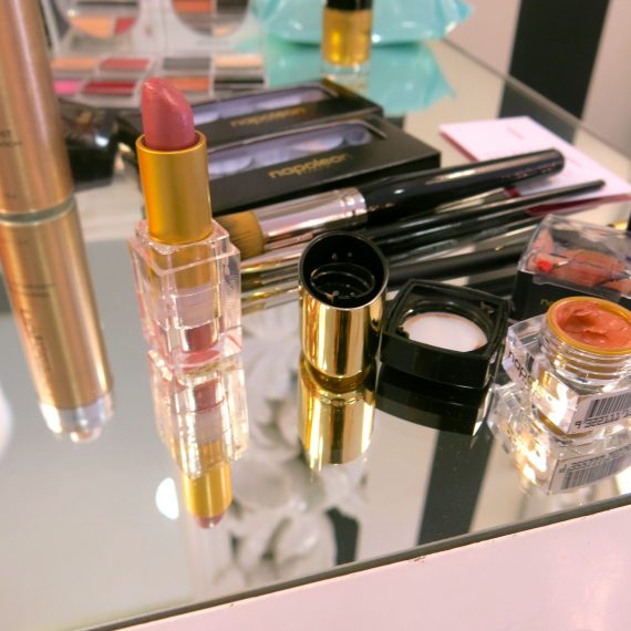 Indulge me - I have not done a makeup blog in a long time.