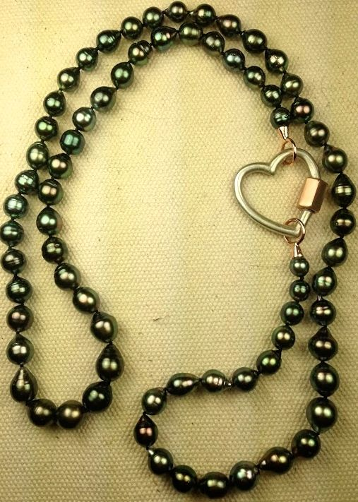 beads with heart necl;ae