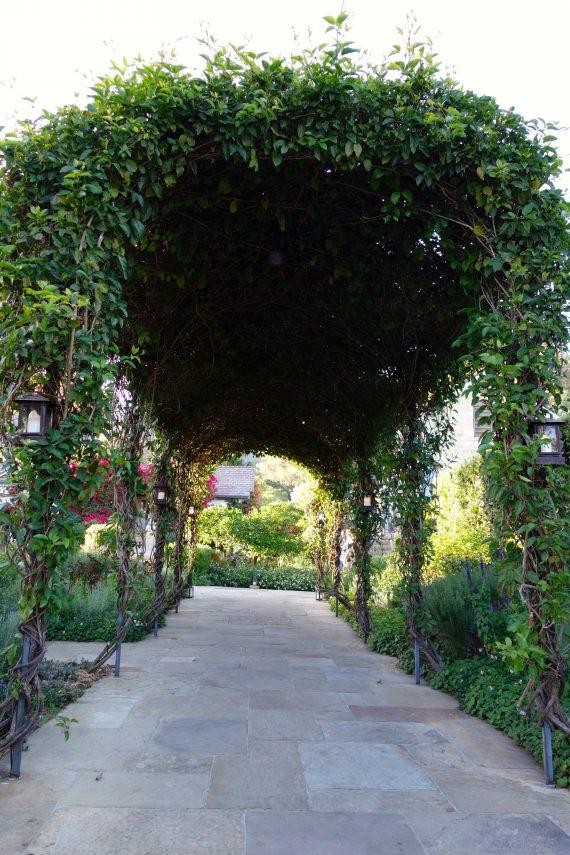 The entrance to the San Ysidro Ranch.