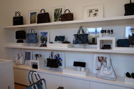 DSC00216 shop