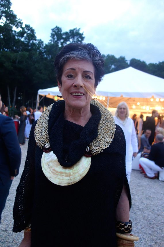 I know it looks like she has lights coming out of her nose, but I loved the necklace. She said it came from New Guinea.